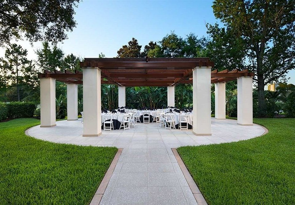 grass tree sky property building Architecture home house backyard pavilion Courtyard outdoor structure lawn arch gazebo landscape architect mansion Villa yard Garden