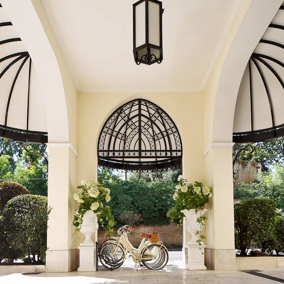 tree building Courtyard Architecture arch home hacienda mansion Villa palace plant colonnade Garden stone