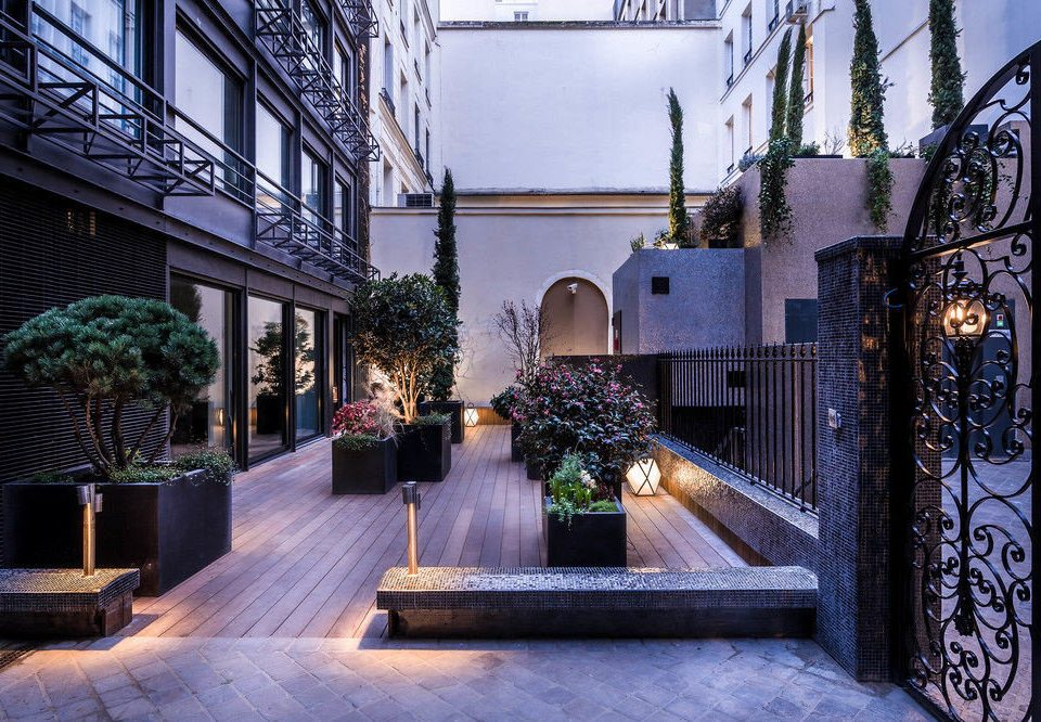 house Architecture home Courtyard mansion