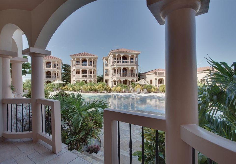 building property house home Resort condominium Architecture mansion Villa plant Courtyard porch colonnade arch