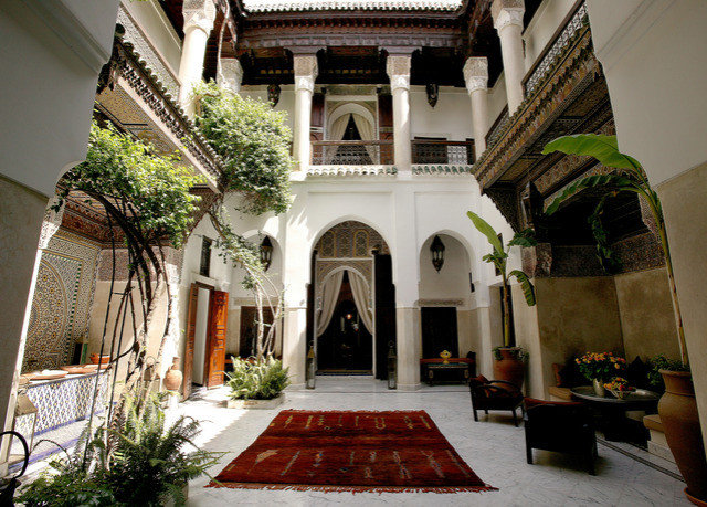 property house building Courtyard mansion Architecture home hacienda Villa place of worship palace temple chapel