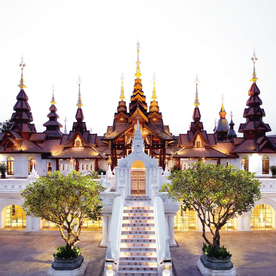 Architecture Cultural Grounds Luxury Resort sky building landmark plaza place of worship palace wat temple