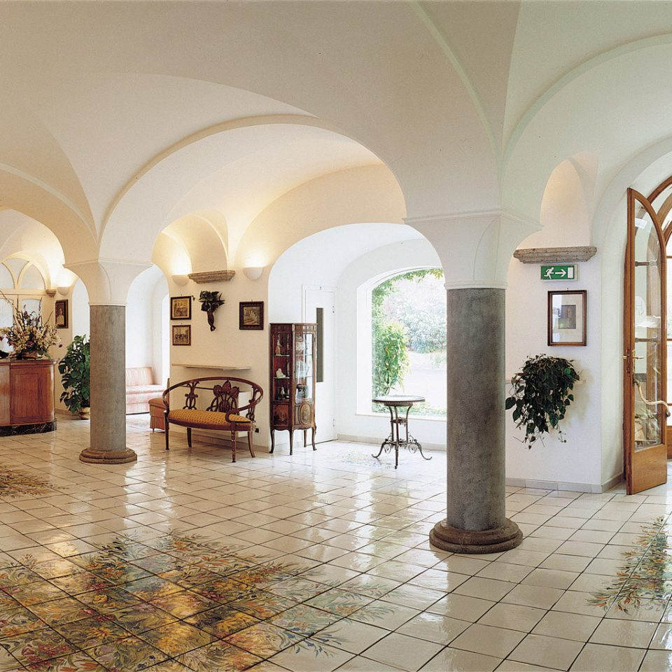 Architecture Cultural Historic Lobby building arch tourist attraction hall palace arcade art gallery synagogue
