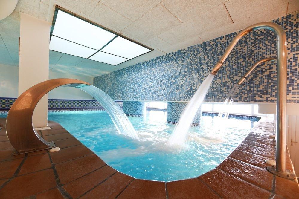 swimming pool Architecture daylighting jacuzzi plumbing fixture