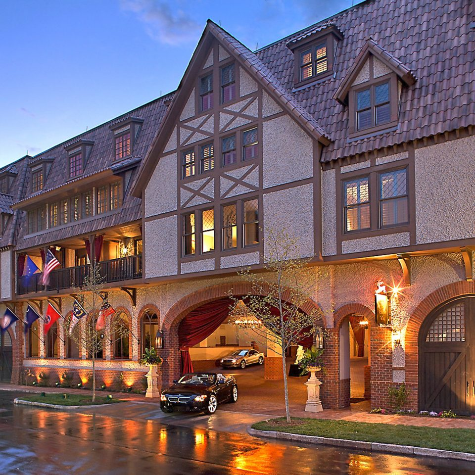 Exterior Luxury Rustic building sky Town neighbourhood house Architecture waterway Downtown evening cityscape stone