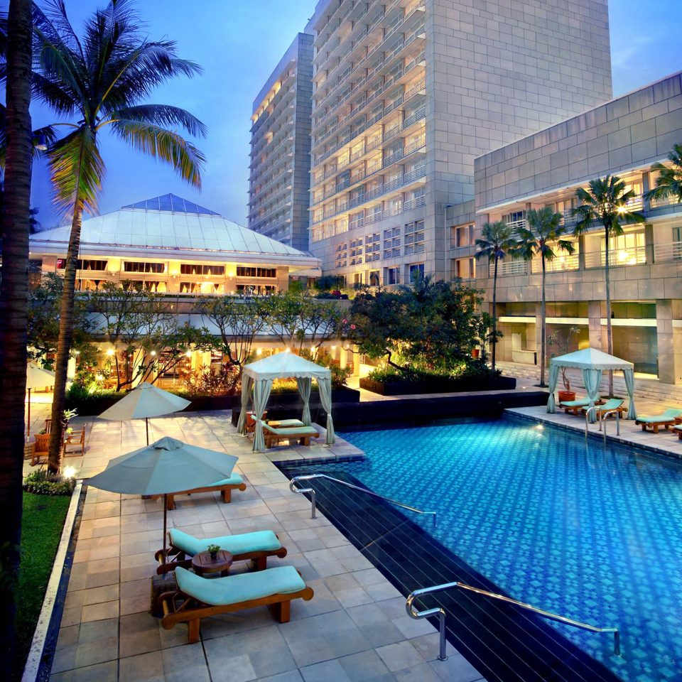 Lounge Luxury Modern Pool sky leisure swimming pool condominium plaza Architecture Resort Downtown Harbor