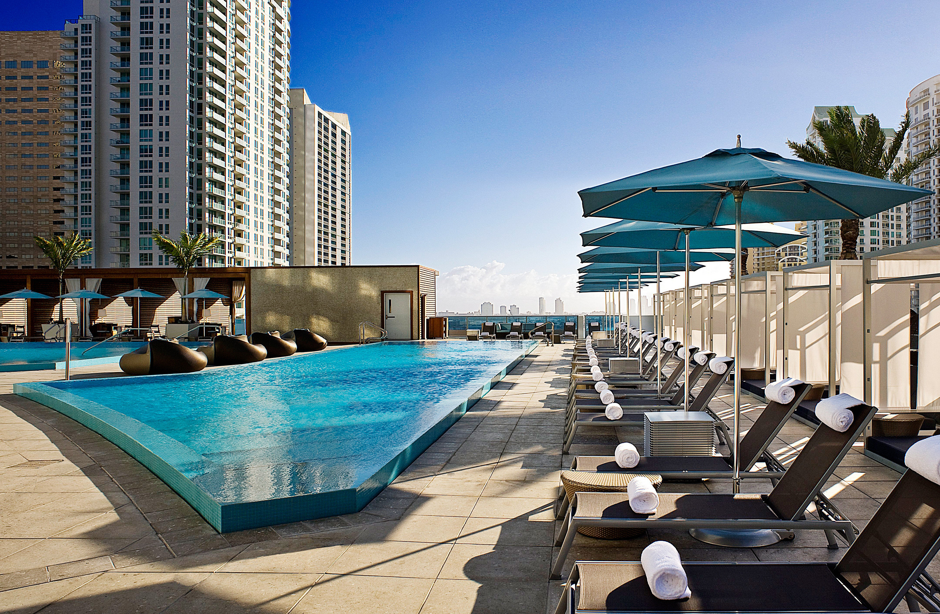 Lounge Modern Outdoors Pool Rooftop Waterfront sky leisure swimming pool condominium Architecture dock walkway marina Resort Downtown