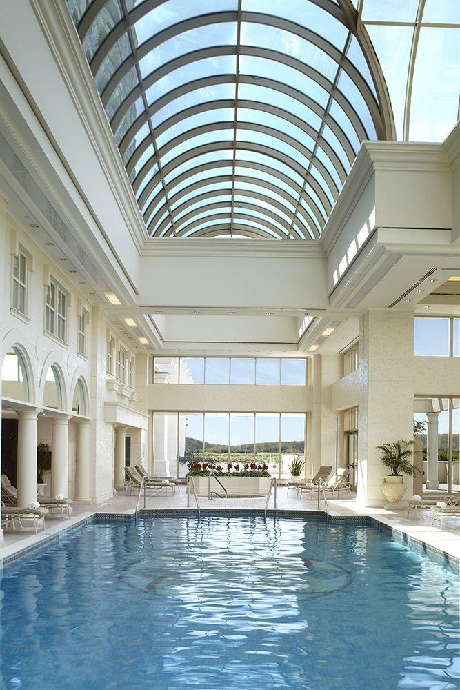 Elegant Lounge Pool swimming pool property building Architecture leisure centre daylighting condominium mansion Resort palace