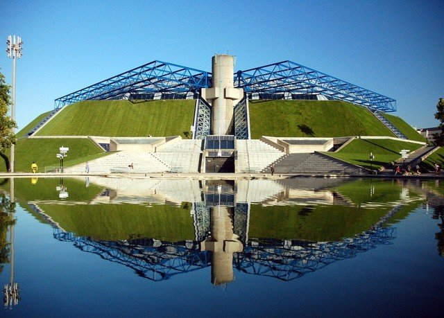 sky waterway water structure water resources Architecture tourist attraction energy reflecting pool house