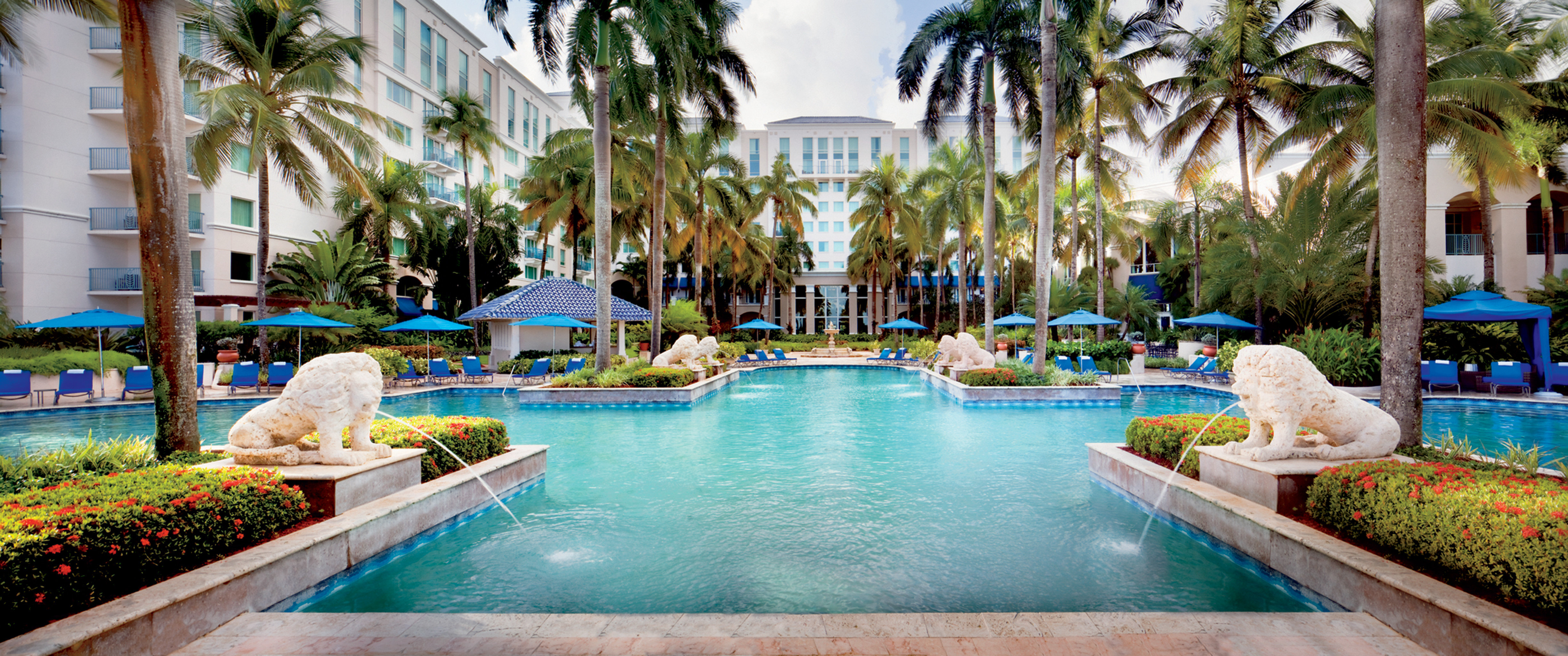 Architecture Exterior Jetsetter Guides Luxury Play Pool Resort tree swimming pool leisure property reflecting pool palace mansion Villa backyard condominium hacienda Water park Garden