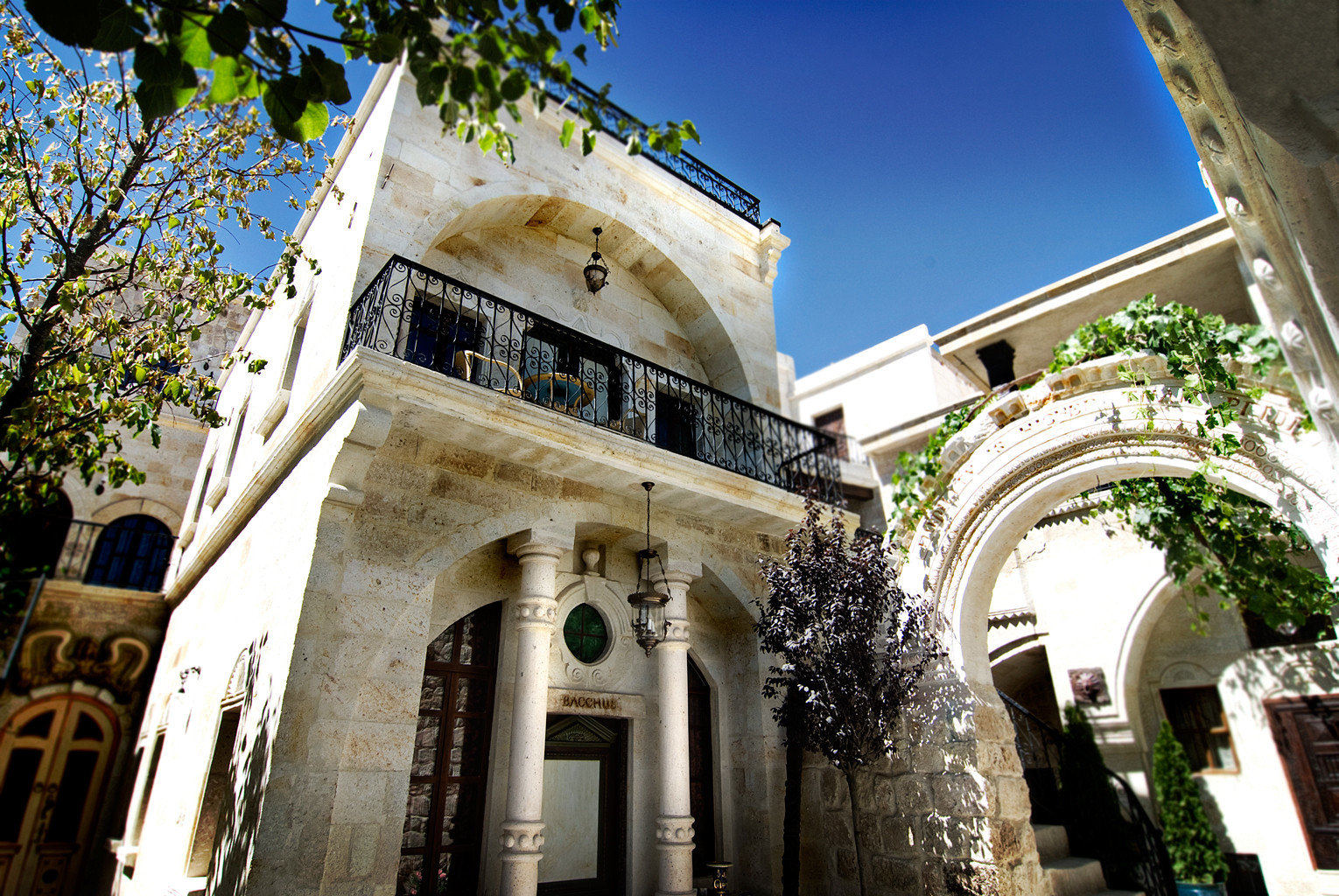 Architecture Exterior Historic Rustic building landmark neighbourhood place of worship arch stone colonnade
