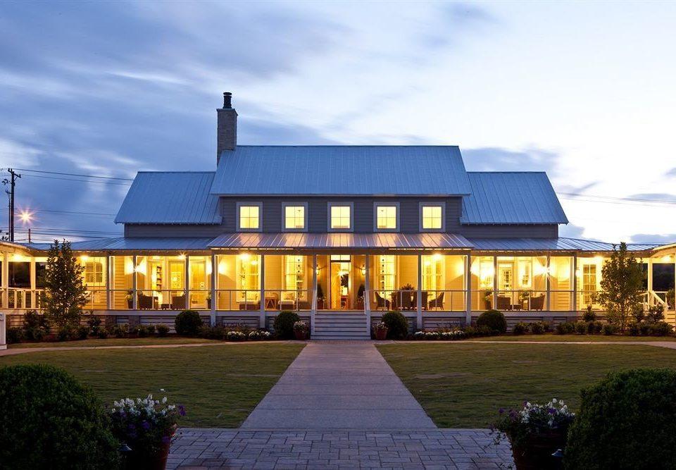 Exterior Inn sky grass house building Architecture home