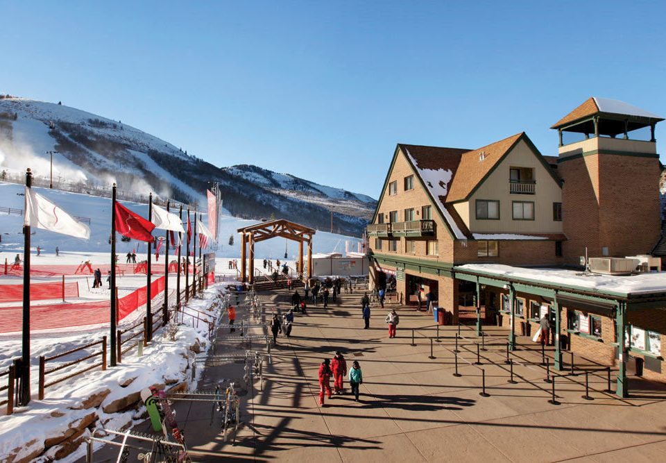 Architecture Exterior Outdoors Ski sky Town Resort walkway boardwalk