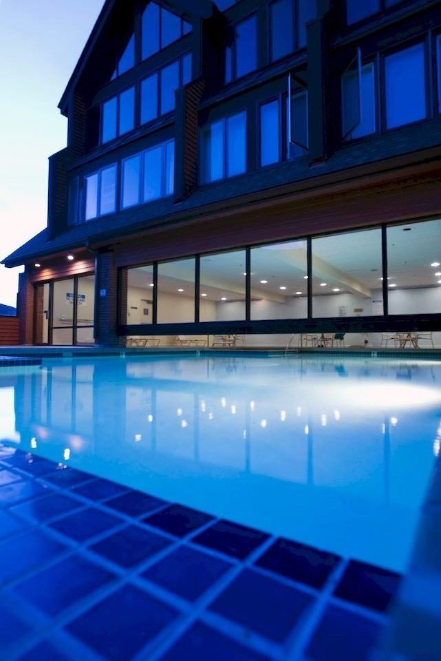Architecture Exterior Outdoors Ski swimming pool leisure building leisure centre Resort condominium