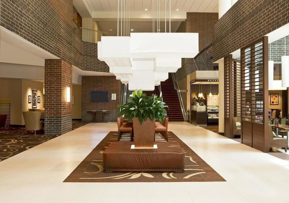 Family Lobby property building Architecture condominium home living room convention center headquarters Modern