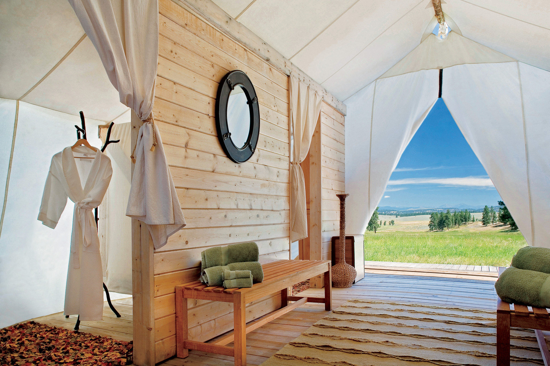 Glamping Luxury Travel Outdoors + Adventure Trip Ideas Weekend Getaways house Architecture home cottage farmhouse Villa arch