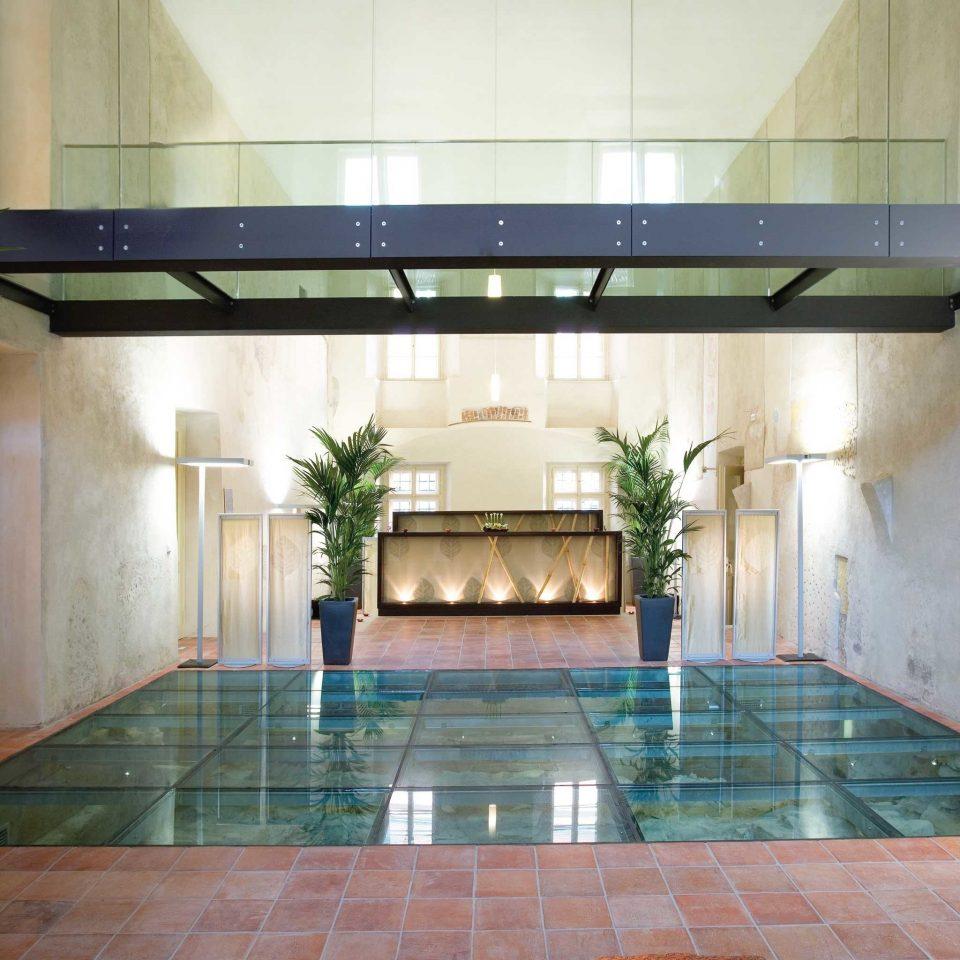 Hip Lounge Luxury Modern Scenic views swimming pool Lobby Architecture daylighting stone