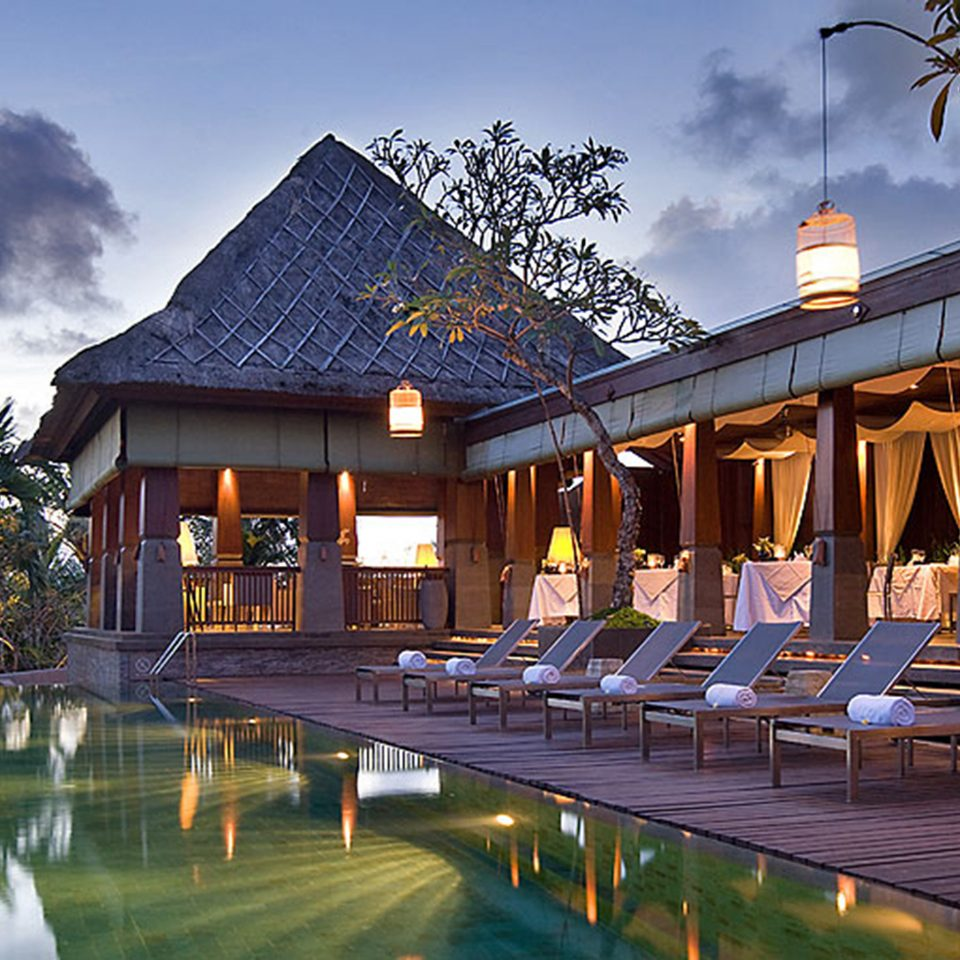 Hip Lounge Luxury Modern Pool sky Resort house building Architecture home mansion palace