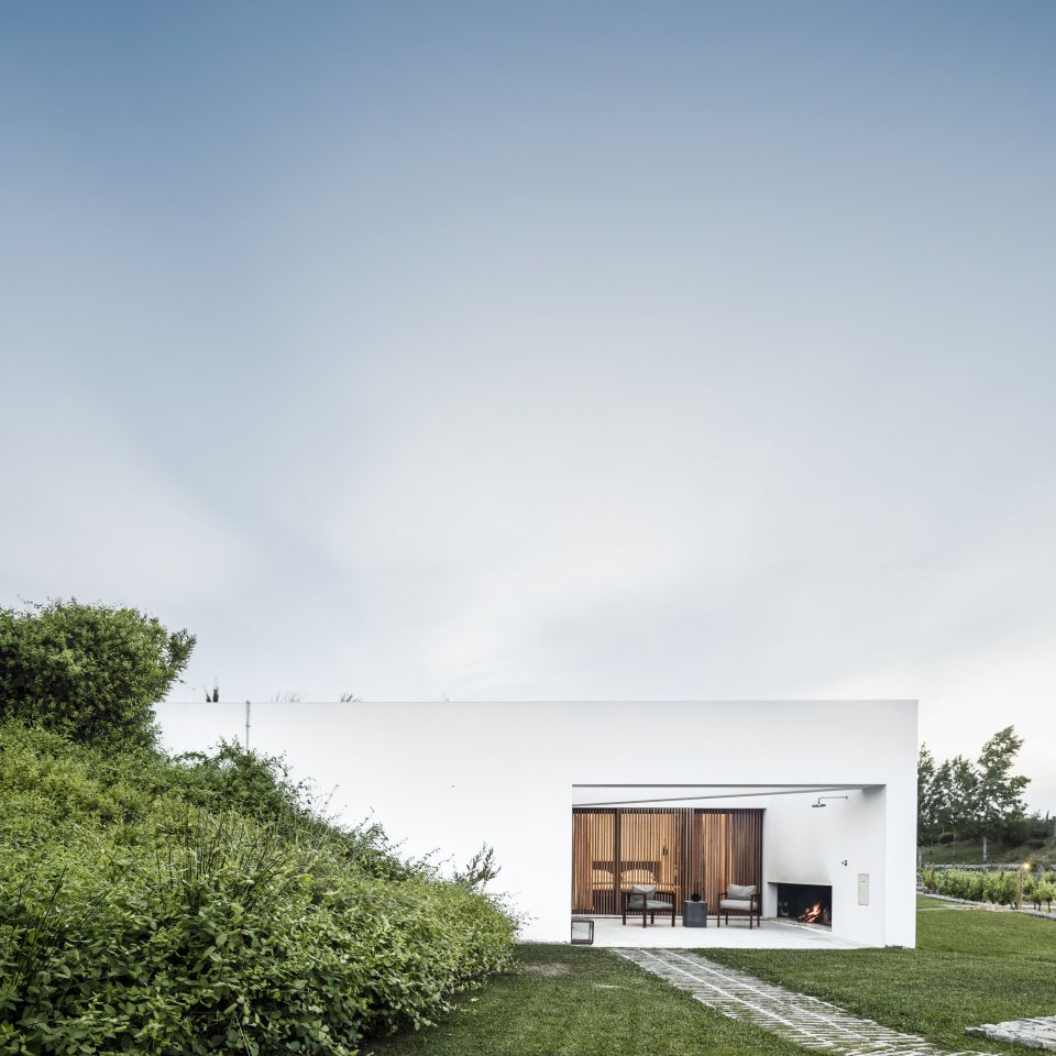 Hotels sky house home cloud Architecture horizon residential area daytime sunlight farmhouse grass building cottage landscape elevation daylighting