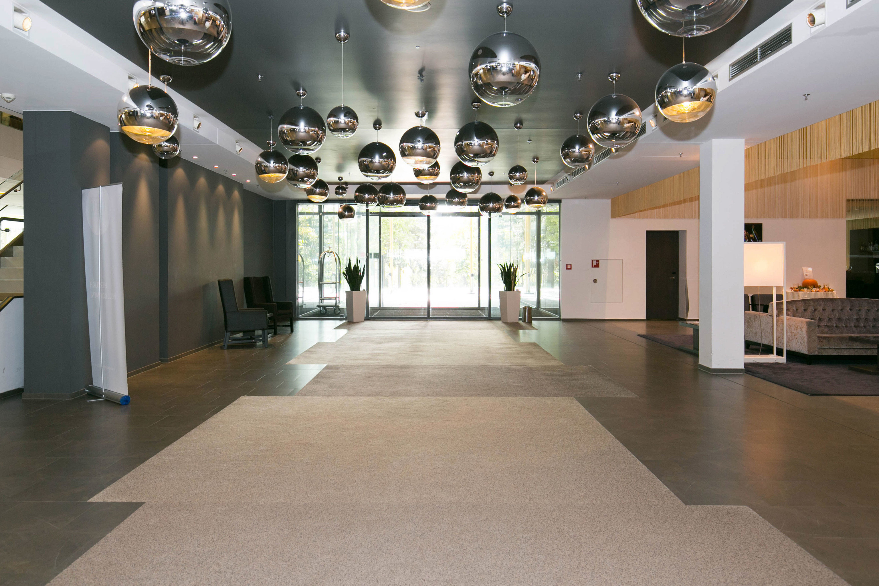 Lobby property Architecture tourist attraction hall flooring art gallery