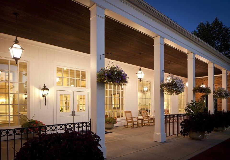 building Architecture house home lighting Lobby porch colonnade