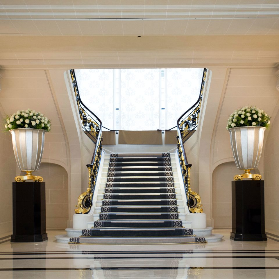 Lobby property Architecture home stairs living room mansion hall