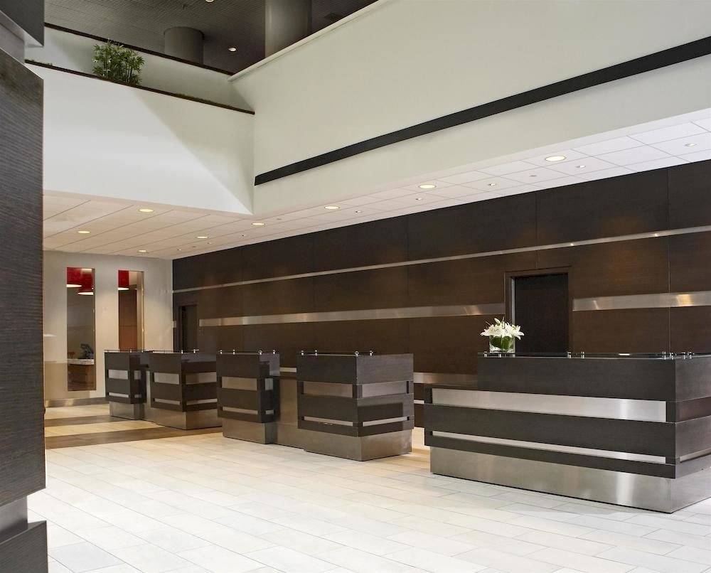 Lobby Architecture daylighting lighting headquarters professional auditorium living room Modern