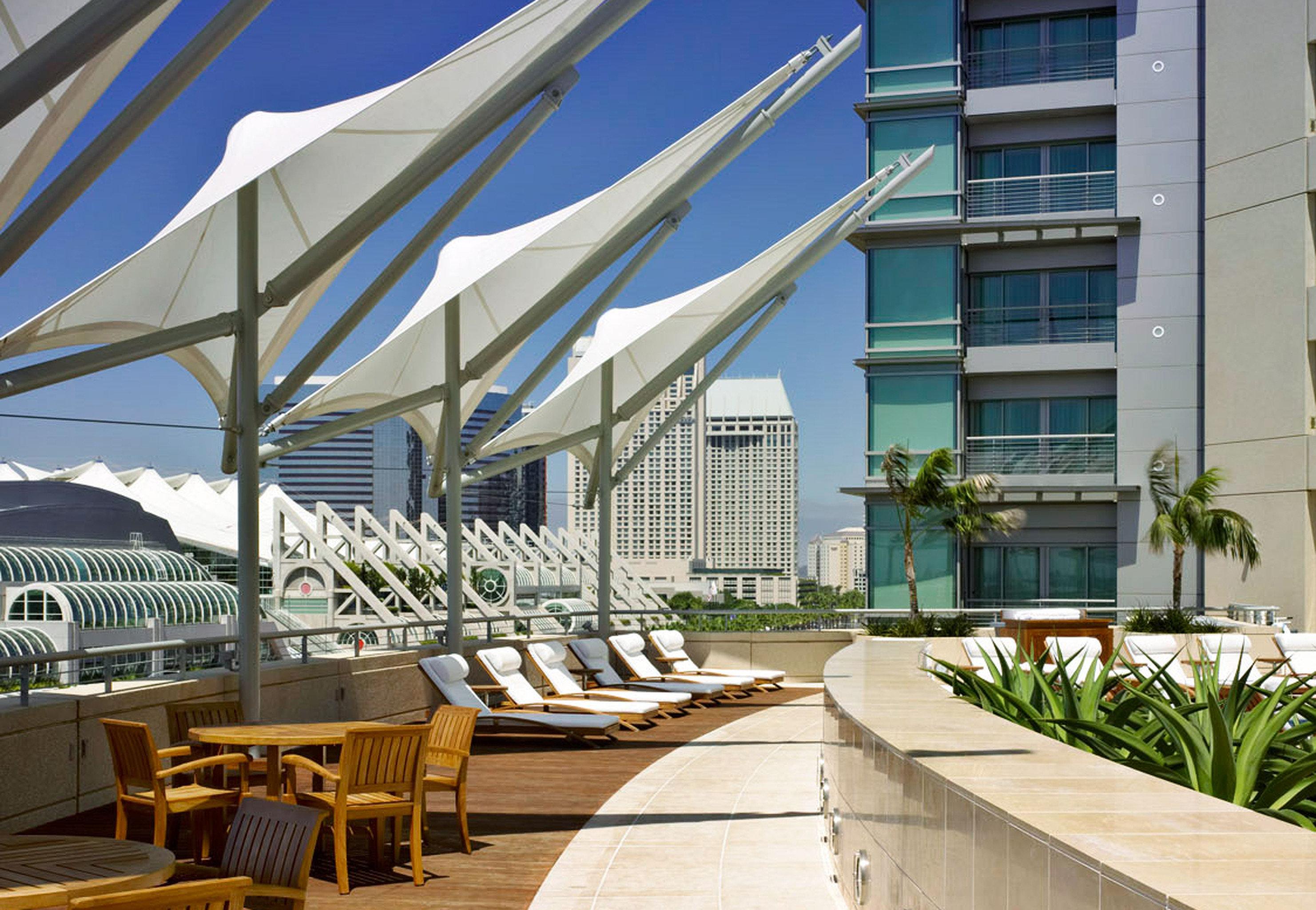 Lounge Luxury Modern Scenic views building Architecture condominium Resort plaza convention center walkway