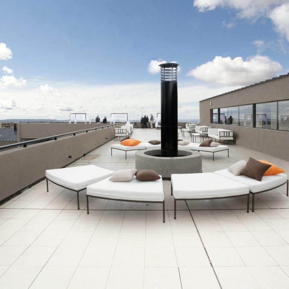 Lounge Rooftop Scenic views sky property building Architecture daylighting headquarters yacht professional