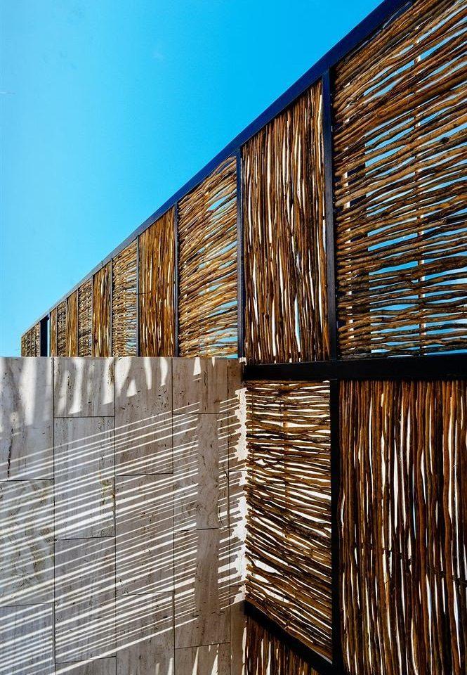 Architecture metal