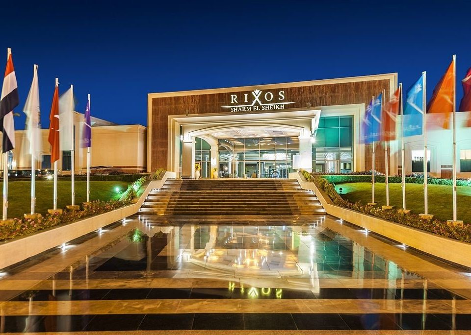 leisure plaza landmark building shopping mall leisure centre Architecture sport venue convention center Resort headquarters stadium long