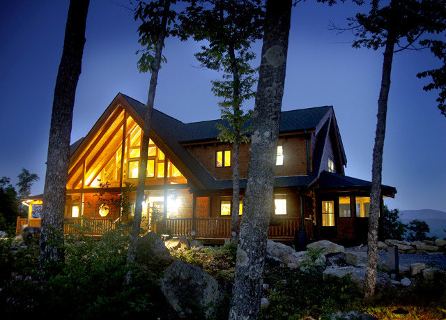 tree sky house home Resort night Architecture residential area cottage evening log cabin Villa plant residential