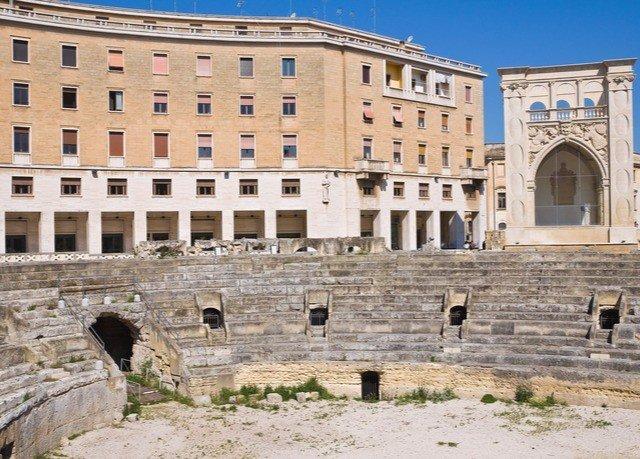 building ground historic site landmark ancient roman architecture ancient history Architecture palace amphitheatre ancient rome plaza Ruins stone