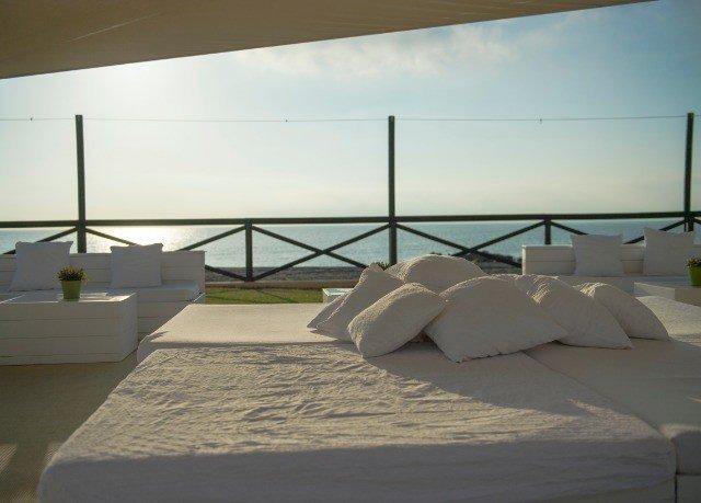sky property Architecture daylighting white home Villa