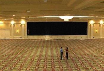 auditorium structure sport venue stadium arena stage theatre music venue convention center flooring