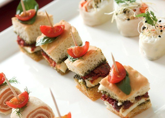 plate food hors d oeuvre canapé fruit cuisine bruschetta smoked salmon breakfast slice sense pincho sandwich snack food arranged fresh