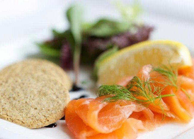 food plate smoked salmon fruit cuisine fish hors d oeuvre slice breakfast lunch vegetable fresh sliced arranged containing