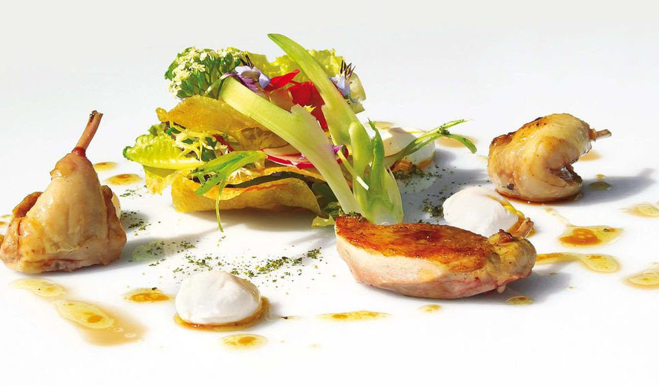plate food piece meat slice hors d oeuvre vegetable garnish cuisine prosciutto eaten arranged piece de resistance