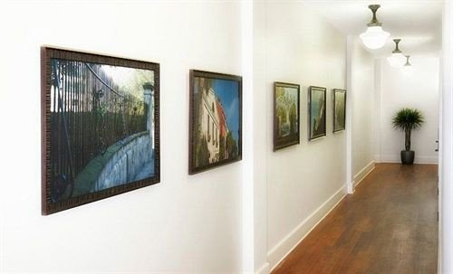scene gallery modern art art gallery exhibition art exhibition art tourist attraction painted painting