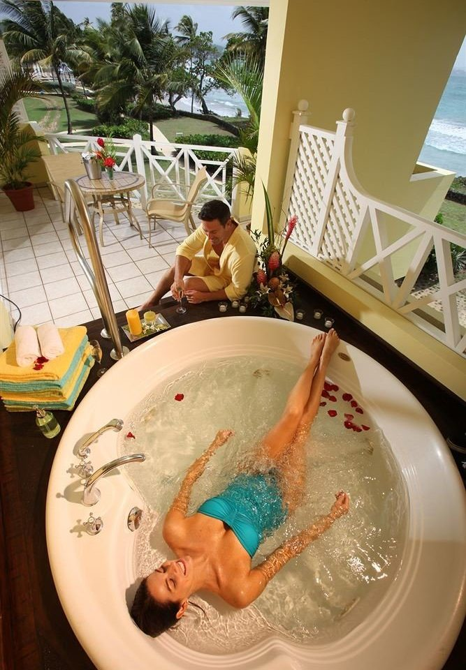 plate swimming pool art bathtub
