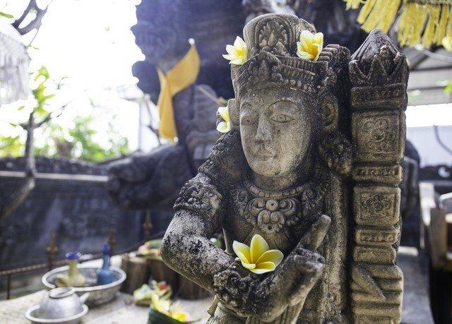 statue sculpture art monument temple carving toy