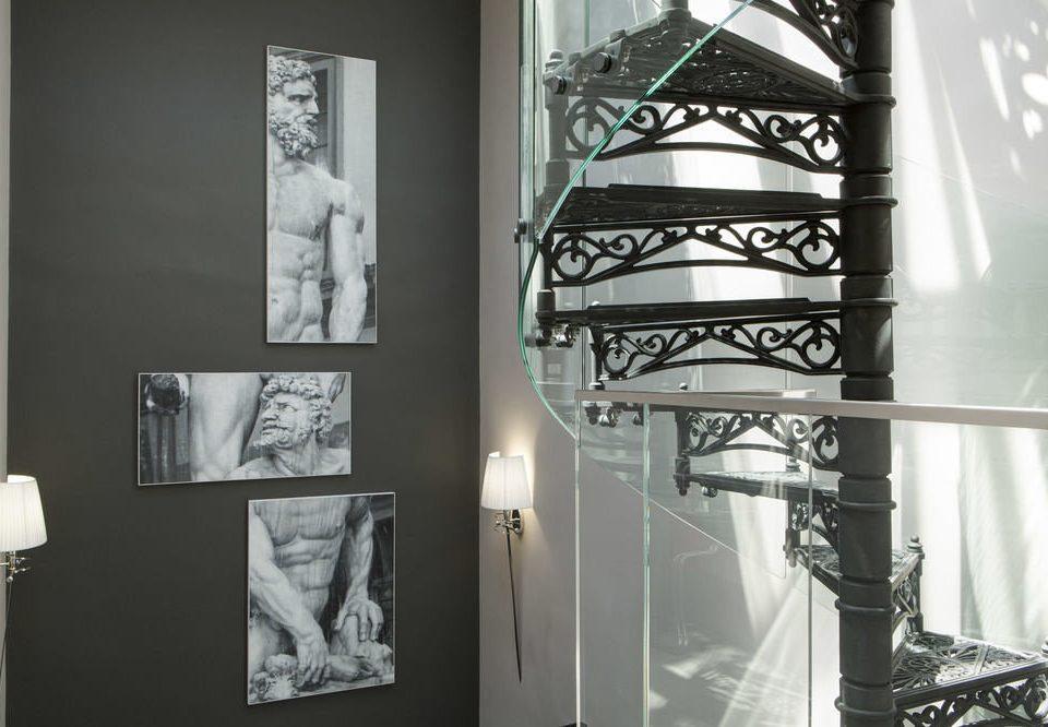 white art glass modern art lighting tourist attraction sculpture exhibition