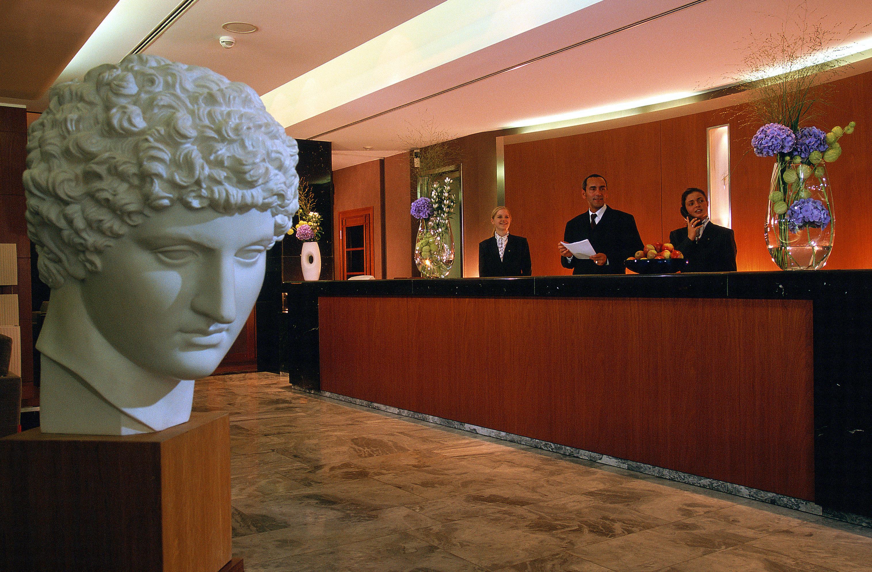 art receptionist tourist attraction