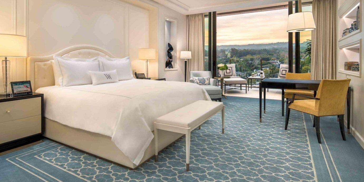 Arts + Culture Hotels Jetsetter Guides shopping Travel Trends Trip Ideas property condominium Suite living room Villa Bedroom
