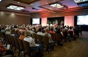 seminar audience meeting