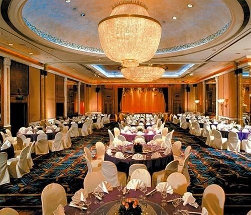 function hall auditorium scene conference hall banquet ceremony ballroom convention center theatre meeting