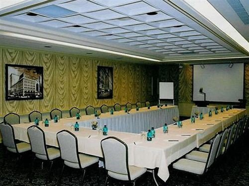 chair function hall conference hall banquet auditorium convention center meeting restaurant ballroom conference room