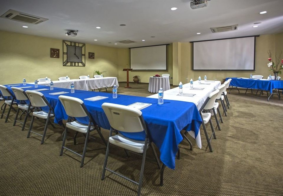 chair function hall conference hall banquet scene meeting convention center auditorium ballroom