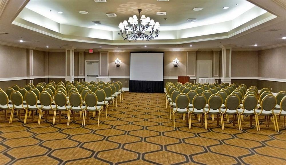auditorium function hall conference hall convention center ballroom banquet meeting colored