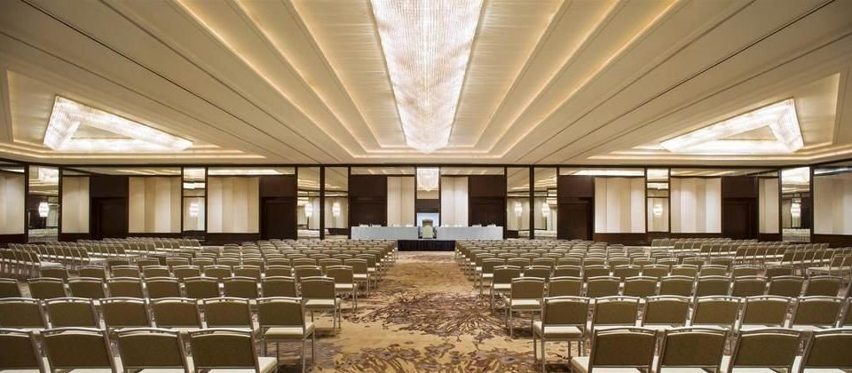 auditorium function hall performing arts center conference hall ballroom convention center banquet theatre hall